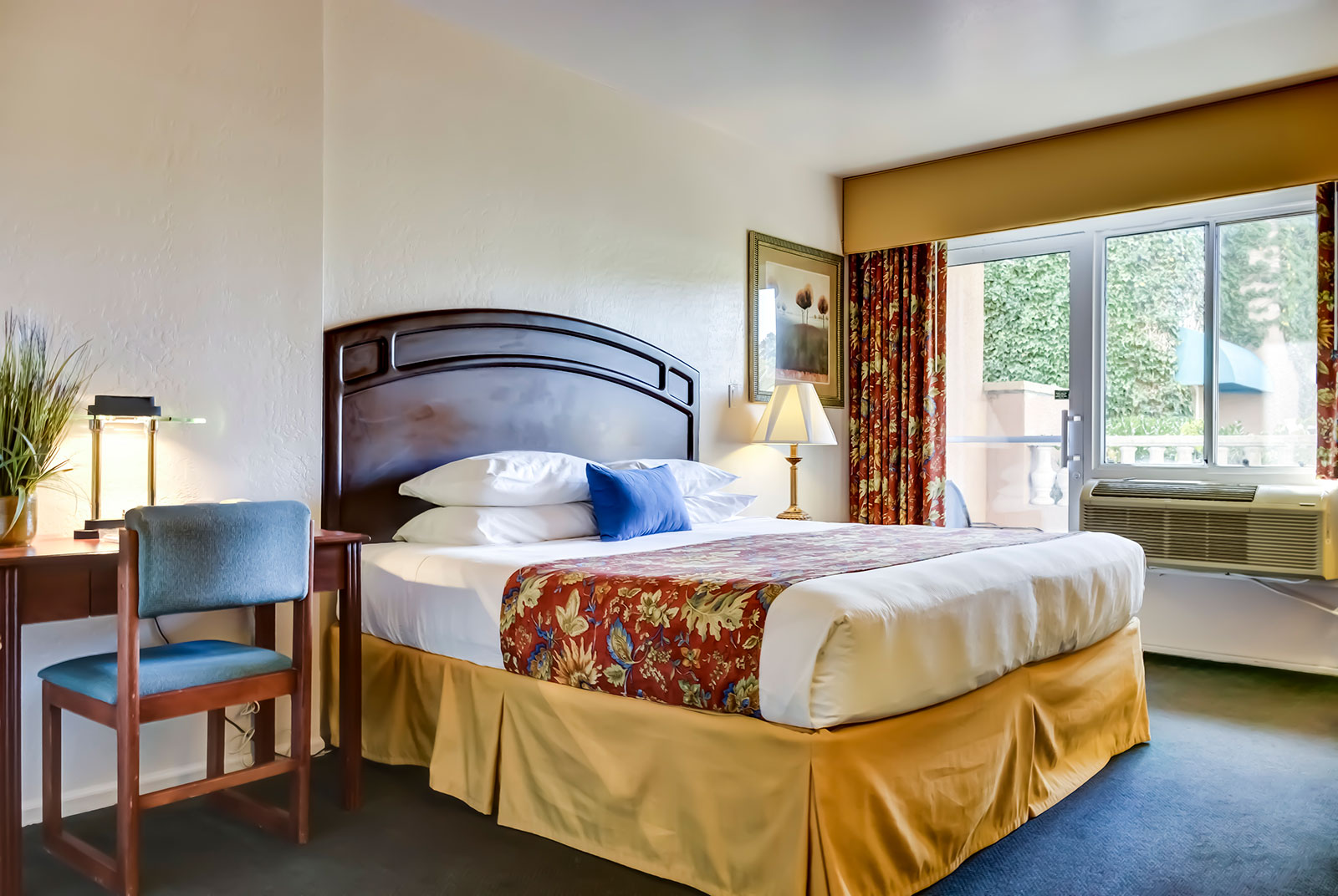 Forest Villas Hotel guest room in Prescott, Arizona